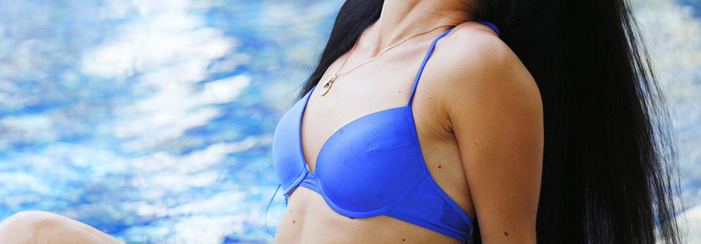 バック豊胸施術と、脂肪注入豊胸施術を比較する