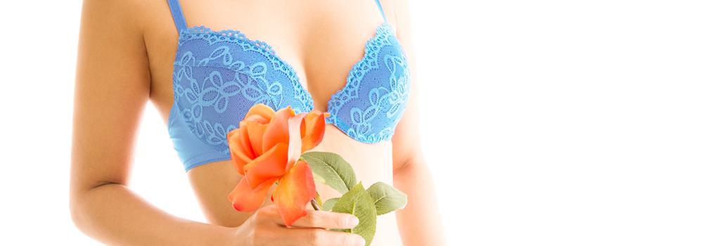 バック豊胸と脂肪吸引豊胸、2つの施術方法の違いとは?